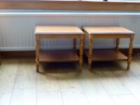 Set of 2 Attractive Coffee Tables with lower shelf and beautifully turned legs