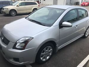 2012 Nissan Sentra 2.0 SR Very Low Mileage and Excellent Shape!!