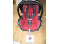 Maxi Cosi CabrioFix car seat and EasyFix ISO Base