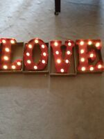 Wedding- LOVE letters lights up