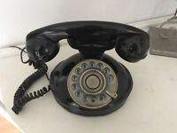 Vintage retro looking black & bronze home telephone £10