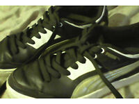 Puma leather trainers (size 7.5)