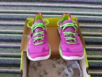 BNIB Size UK 6.5 Ladies women's Under Armour Charge RC2 running trainers. WILL POST IF REQUIRED