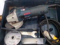 Bosch 110v gws 11-125 cl professioal in good condition works perfect and comes with spare discs