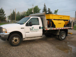2002 Ford F-550  Landscape Truck with Dump Box and Salter