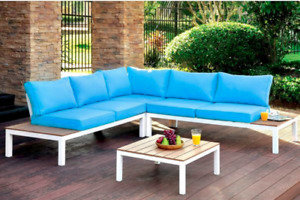 Outdoor furniture with table