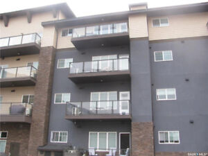 Bright condo near everything in Blairmore