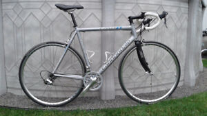Velo cannondale caad8 compact
