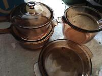 Pyrex glass pans x4