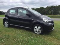 09 TOYOTA AYGO 1.0 BLACK EDITION*LEATHER*£20 TAX*LOW INS 1E*MINT!BARGAIN!c2,c3,corsa,clio,fiesta,207