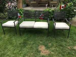 Lawn furniture set