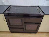 New World Gas Range Cooker 5 hobs 2 ovens and a grill