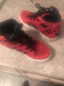 Adidas high tops boy sneakers