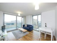 2 bedroom flat in St Andrew's, Nelson Walk, Bow E3