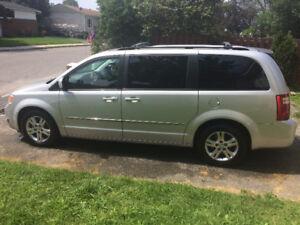 2010 Dodge Grand Caravan SXT Minivan, Van (4L engine)