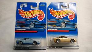 HOT WHEELS BMW 850i DIE CAST 2 CARS GOLD LIGHT BLUE MINT