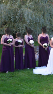 Bridesmaid dresses perfect for a fall wedding