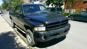 Pick up Dodge Ram 1500