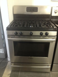 Bosch HGS3053UC 30 Inch Freestanding Gas Range with 5 Sealed Sta
