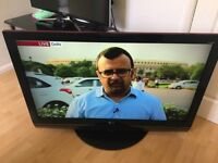 """42"""" LG HD freeview LCD TV"""