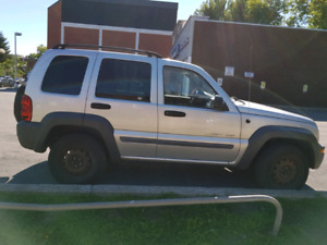 Jeep Liberty 2002 Silver Sport