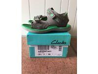 Piranha Boys Sandals - green / grey 8.5 F