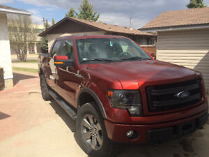 2014 Ford F-150 Fx4 luxury rare colour great shape
