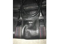 Beautiful Paul Smith Leather Holdall