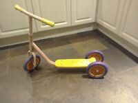 Kids scooter £5