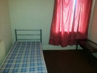 Single Bed Room including all bills available in a shared house near City Center & Cardiff Bay.