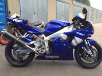 Yamaha R1 5JJ 2001 last and best of the carb models
