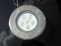 Large diameter LED decking light