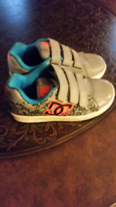 GREAT CONDITION BOYS SHOES $10