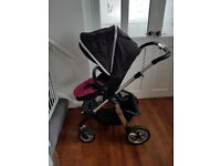 Silver Cross Pioneer Pushchair / Pram with Carrycot, Rain Cover & Extras - Good Condition