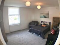 ** HALF PRICE 1ST MONTHS RENT ** STUNNING SPACIOUS ROOM Nr THORPE PARK with. ALL INCL RENT!