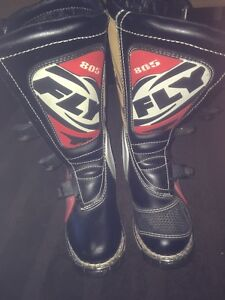 FLY, brand new, men's 8, dirt bike boots