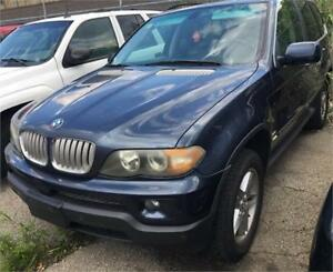 2004 BMW X5 4.4i Loaded with leather roof alloys