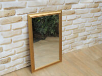 Mirror in wooden frame (Delivery)