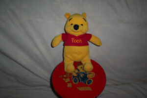 Winnie the pooh, 5in approx, plush collectable, $20.00