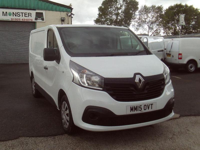 Renault Trafic SL27 swb Business+ 115ps Air Con DIESEL MANUAL WHITE (2015)