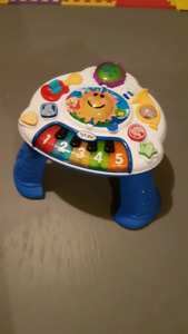 Baby Einstein Discovery Music Table (mint condition)