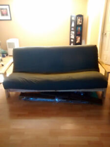 futon with deluxe mattress