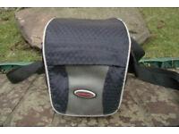 VANGUARD Compact Camera Bag (padded)