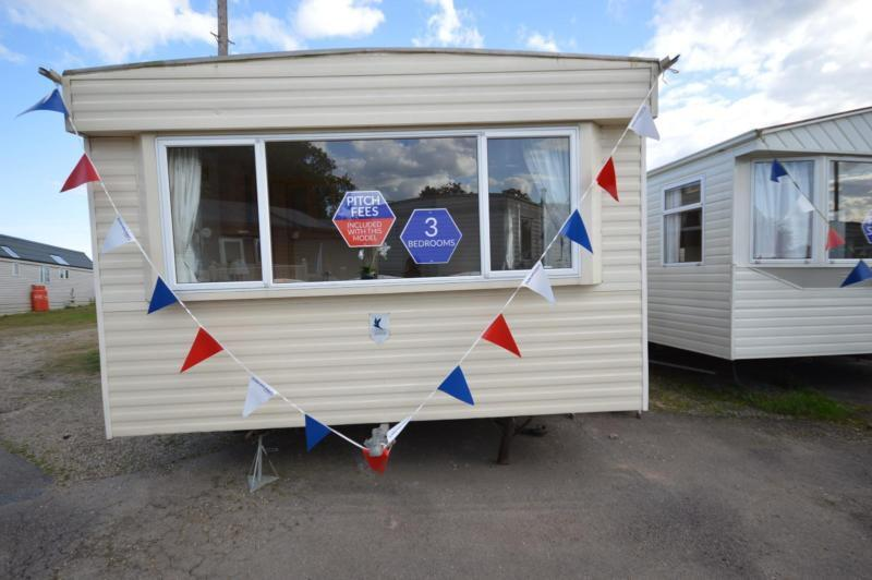 Static Caravan Nr Clacton-On-Sea Essex 3 Bedrooms 8 Berth BK Calypso 2003