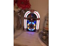 Jukebox CD player this is not a floor standing jukebox its for a unit or shelves