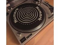 REDUCED- Numark turntable TT1510