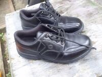 GOLF SHOES IN EXCELENT CONDITION PLUS NEW GOLF SHOES BOTH SIZE 10.5