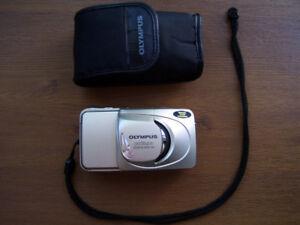 Olympus Stylus Zoom 80 Wide DLX Film Camera