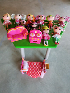 Lalaloopsy Dollhouse and Rescue Station