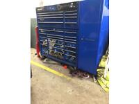 Snap on 53 inch box and side cabinet immaculate condition